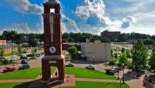 P  qunvpywe Troy University